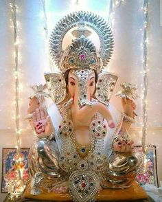 Shri Ganesh Images, Ganesh Chaturthi Images, Ganesha Pictures, Shiva Art, Ganesha Art, Ganpati Picture, Ganesh Photo, Ganpati Festival, Ganapati Decoration