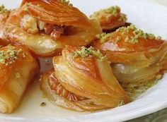 Lippe – sweets – # sweets - All Recipes Turkish Recipes, Indian Food Recipes, Healthy Recipes, Ethnic Recipes, Saffron Cake, Turkish Sweets, Food Platters, Arabic Food, World Recipes