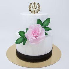 ylioppilaskakku ja vaaleanpunainen ruusukoriste Studio, Desserts, Food, Tailgate Desserts, Deserts, Eten, Postres, Dessert, Meals
