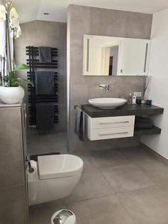 badezimmerideen modernbathroomdesign Sie sind in bathroom ideas modern bathroom design You are in Bathroom Vanity Designs, Modern Bathroom Design, Bathroom Interior Design, Bathroom Ideas, Bathroom Vanities, Bathroom Humor, Classic Bathroom, Budget Bathroom, Bathroom Styling