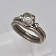 Milky white rose cut diamond engagement ring-18k gold