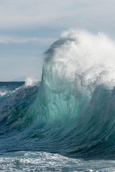 Waves by Tobia Scandolara