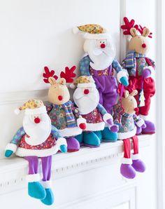 Figuras de fieltro para una #Navidad con look #ShabbyChic <3 2014 #Christmas! Christmas Fabric, Christmas Time, Christmas Crafts, Merry Christmas, Christmas Decorations, Xmas, Christmas Ornaments, Fabric Decor, Wool Felt