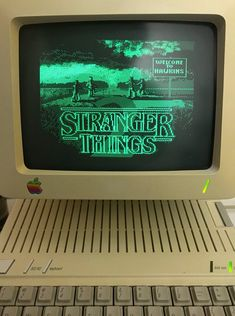 Image about vintage in stranger things by enola 💕 Stranger Things Tumblr, Stranger Things Quote, Stranger Things Aesthetic, Aesthetic Grunge, Aesthetic Vintage, Aesthetic Photo, Aesthetic Pictures, Photographie Glamour Vintage, Strange Things Season 2