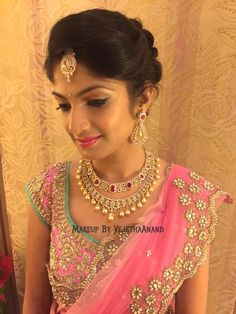 20 gorgeous indian wedding hairstyle ideas wedding bun for Indian jewelry in schaumburg il