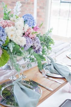 Blue Hydrangea Wedding, Hydrangea Colors, Floral Wedding, Wedding Flowers, Hydrangea Wedding Centerpieces, Pastel Wedding Colors, Wedding Color Schemes, Pastel Weddings, Flower Decorations