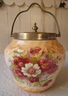 Mary Vintage: Biscuit Barrel