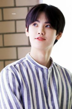 Image about produce x 101 in [ Kang Minhee ] by 윤히 Kpop, Boy Idols, Produce 101, K Idol, Starship Entertainment, Handsome Boys, Boyfriend Material, My Boys, Memes