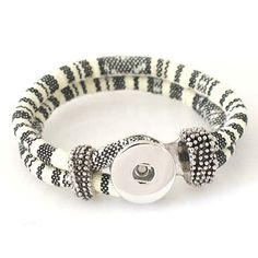 "1 PC Woven Pattern Bracelet -- 7.5"" Fits 18MM Chunk Pop Charm Zinc Alloy Silver Snap Popper Interchangeable KB0988 CJ0227 Interchangeable with 18MM chunks only. Size: Fits a 7.5"" wrist. Material: wove"