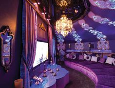 I love the ode of a crazy theatre room! Genie themed home theater nestled inside a bottled shaped room in Ohio At Home Movie Theater, Home Theater Rooms, Home Theater Seating, Home Theater Design, I Dream Of Genie, Aladdin, Genie In A Bottle, Disney Bedrooms, Disney Home Decor