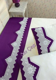 Dantelli Pike Takımı Bedding Sets, Rugs, Crochet, Home Decor, Bed Sheet Sets, Crochet Hooks, Homemade Home Decor, Bed Linen, Types Of Rugs