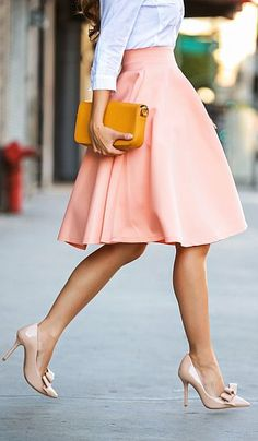 I love the shade of pink, length and cut of this skirt, even on a dress. So flowy and so romantic! I'd wear this to work or on a date.