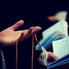 Hayırlı evlilik hayırlı kısmet öncelikle samimi dualar niyazlar niyetlerle başlarız, bir kaç tane formül yazıyor aşağıda, Hakkımızda hayırlı olanı versin Rabbimiz, Esma çalışması : Ya Fettah 489, Y…