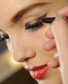 Makeup Artists Meet » Gold Winged Eye