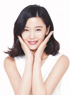 Is Legend of the Blue Sea actor Lee Min Ho smitten by mermaid love Jun Ji Hyun?