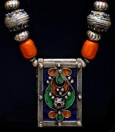 Enameled Berber box pendant necklace by SilkRoadJewelry