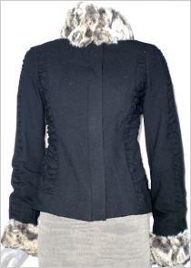 Isabel de Pedro (Mr Cat) Jacke in schwarz #OUTLETMODE, #Designeroutlet, #Outlet, #MODE , #Jacken ,  #Bluse  - #DESIGNERMODE GÜNSTIG ONLINE alles immer 50% reduziert