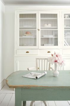 Lovely Cottage White Paint Color