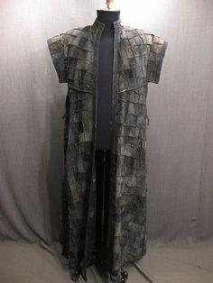 09019362 Robe medieval long grey black leather patchwork C54.JPG