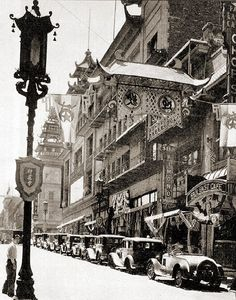 1940 - Chinatown - Looking south on Grant Avenue from Sacramento Street