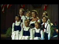 ▶ Guten Abend, gut Nacht, Die Trapp Familie - YouTube
