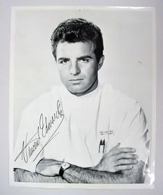 Vince Edwards as Dr. loved this show Ben Casey is an American medical drama series which ran on ABC from 1961 to Vince Edwards, Ben Casey, Mejores Series Tv, Nostalgia, Vintage Television, Old Shows, Vintage Tv, Vintage Fashion, I Remember When