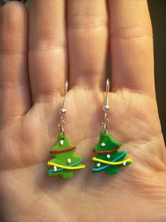 Christmas tree earrings. Can they be any cuter?