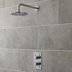 Enhance your modern bathroom with the Hudson Reed Quest thermostatic shower valve and round fixed head with wall mounted arm. Delivering a refreshing rainfall effect to awaken your senses, the fixed shower head features a chrome finish to blend in w Modern Shower, Modern Bathroom, Bathroom Taps, Bathrooms, Fixed Shower Head, Have A Shower, Shower Valve, Shower Arm, Shower Systems