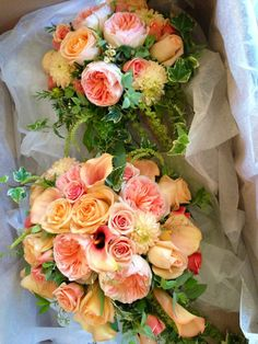 peach wedding buoquets | via beth shopmeyer thompson
