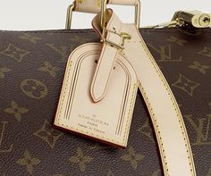 How to tie the LV Luggage Tag