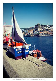 Muro dos Bacalhoeiros [2014 - Porto / Oporto - Portugal] #fotografia #fotografias #photography #foto #fotos #photo #photos #local #locais #locals #cidade #cidades #ciudad #ciudades #city #cities #europa #europe #turismo #tourism #barco #barcos #boat #boats #rio #river #douro #gaia @Visit Portugal @ePortugal @WeBook Porto @OPORTO COOL @Oporto Lobers