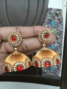 Silk Thread Earrings Designs, Silk Thread Bangles Design, Silk Thread Necklace, Silk Bangles, Thread Jewellery, Paper Jewelry, Jewelry Crafts, Silk Thread Jumkas, Thread Work
