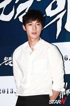 Inspiring Age - Korean Drama Kim Hyun Joong's new drama 'Age Of Feelings' to premiere in January, 2014 Credit: sg.entertainment.yahoo.com    ::)