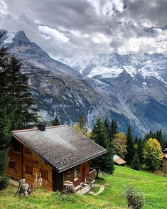 12 of the Most Extremely Beautiful Villages On the Planet Peaceful Places, Beautiful Places, Places To Travel, Places To See, Cabin In The Woods, Cabins And Cottages, Amazing Architecture, Land Scape, Beautiful Landscapes