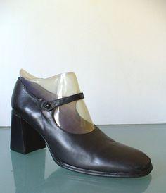 dd1ad70fab0aa Items similar to Vintage Free Lance Paris Mary Jane Style Shoes Size 36.5EU  on Etsy