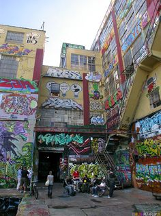 summer in nyc, sight seeing, Graffiti 5 Points NY, #pixiemarket