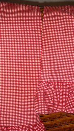 Ralph Lauren Red & White Wendy Gingham 2 Ruffled Standard Pillowcases RARE #RalphLauren #FrenchCountry
