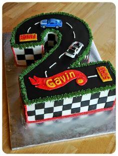 Hot Wheels Racing League: Hot Wheels Birthday Party Cakes - 2 year old hot wheels cake. #hotwheels #cakes