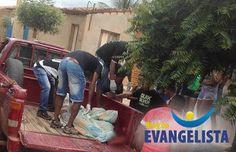 Um homem identificado como Moisés Teófilo dos Santos, 29 anos, foi assassinado a facadas na madrugada deste sábado (1) em sua residência...