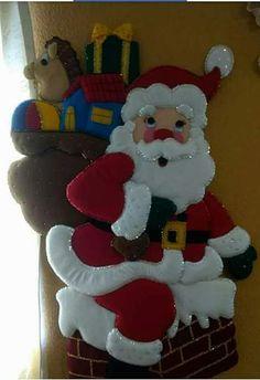 Christmas Traditions, Christmas Themes, Holiday Crafts, Christmas Holidays, Christmas Decorations, Holiday Decor, Felt Ornaments, Christmas Ornaments, Diy And Crafts