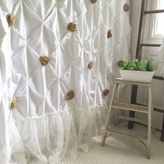 Excited to share the latest addition to my shop: Burlap Ruffle Shower Curtain White Cotton with Handmade Rosettes and Pearls Rustic Shabby Chic Girls Bathroom Curtain Shabby Chic Bedrooms, Girls Bathroom Curtains, Chic Home Decor, Trendy Home Decor, Shabby Chic Shower, Girls Bathroom, Ruffle Shower Curtains, Shabby Chic Bathroom, Shabby Chic Homes