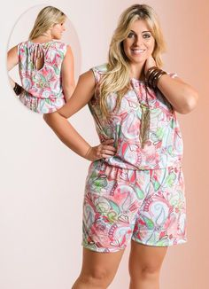 Macaquinho Rosa Estampado Plus Size - Posthaus
