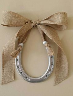Hey, I found this really awesome Etsy listing at https://www.etsy.com/listing/197790928/horseshoe-silver-shoe-with-natural-linen