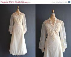 SALE  25 OFF 80s wedding dress / 1980s wedding by BreanneFaouzi, $106.50