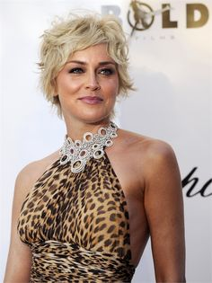 Sharon Stone - Taglio Capelli Corti: Ricci