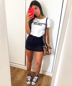 overall outfit casual Cute Comfy Outfits, Stylish Outfits, Cool Outfits, Summer Outfits, 70s Fashion, Look Fashion, Fashion Outfits, Fashion Trends, Look Chic