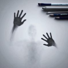 Artist Willie Hsu creates haunting shadow art sketches of people and animals that appear as though they're trapped behind frosted glass. Easy People Drawings, Creepy Drawings, Dark Art Drawings, Realistic Drawings, Easy Drawings, Pencil Drawings Of Flowers, Pencil Art Drawings, Art Drawings Sketches, Shadow Drawing