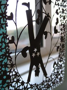 Rob Ryan - hand made paper cut by Fifty Pound Note, via Flickr