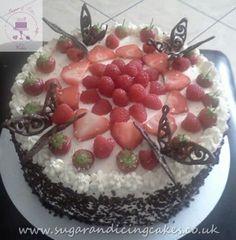 Celebration Gallery - Sugar and Icing Cakes: Image of fresh cream chocolate cake