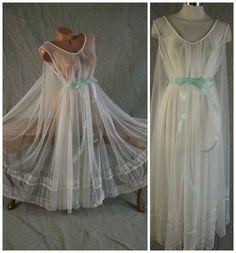 "Spectacular Vtg Sheer Bridal White Waterfall Intime Nightgown 300"" Sweep OSFM | eBay"